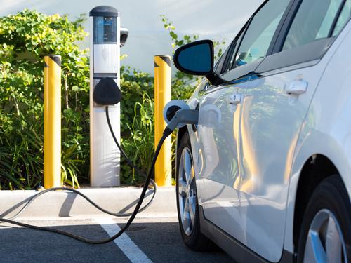 EV chraging, car charging station, electric vehicle