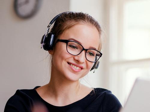 Hearable devices headphones earphones