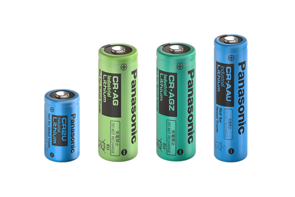 lithium-cylindrical-CR-long-life_line-up_group_horizontal.png